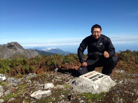Pendaki Ketiga yang menuntaskan 7 Summits Indonesia