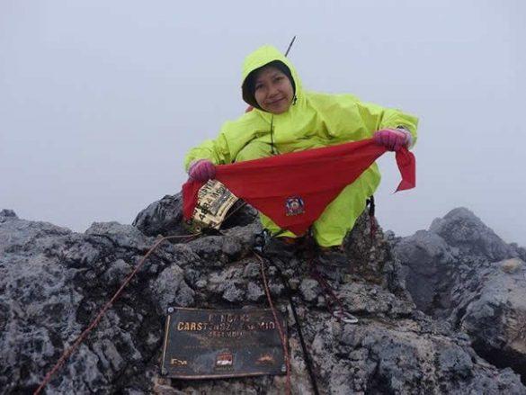 Rekor pendaki wanita pertama terpecahkan