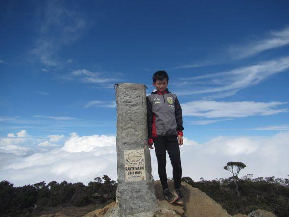 Bocah umur 12 tahun pecahkan rekor 7 summits of Indonesia yang termuda