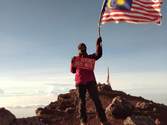 Dara Melayu dari Malaysia tercatat sebagai Pendaki Asing pertama
