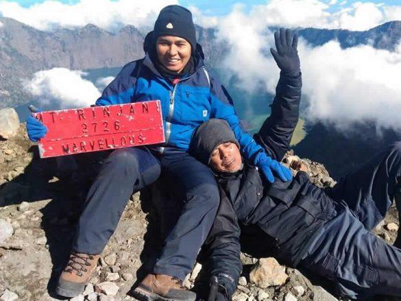 Ibu Rumah Tangga Asal Maluku Menyelesaikan 7 Summits Indonesia