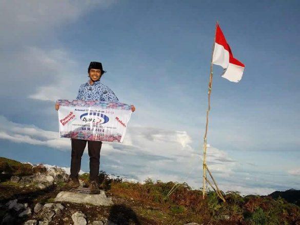 Seorang PNS BPKP Kalimantan Timur menyelesaikan 7 summits Indonesia