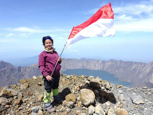 Pendaki cilik wanita menyelesaikan 7 Summits Indonesia